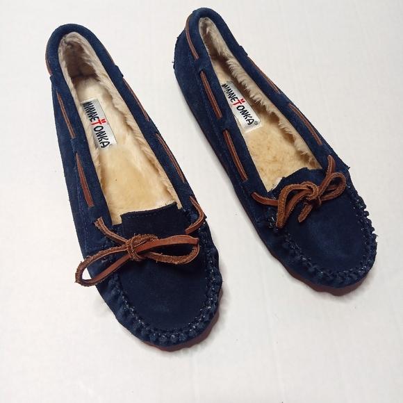 Minnetonka Navy Blue Leather Moccasins